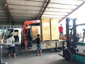 thuê xe nâng chuyển kho xưởng trọn gói